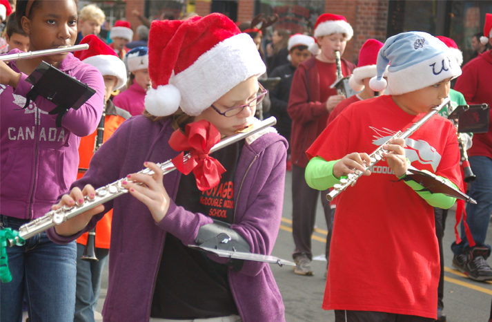 band_holiday_parade